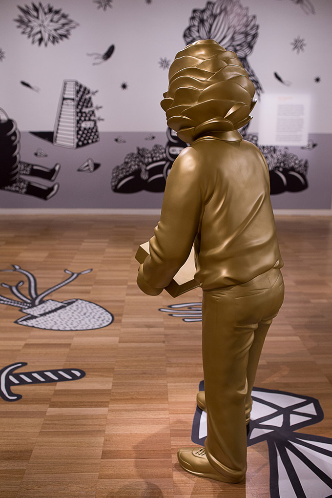 Artiste indonésien Eko Nugroho - Art gallery of NSW - homme doré