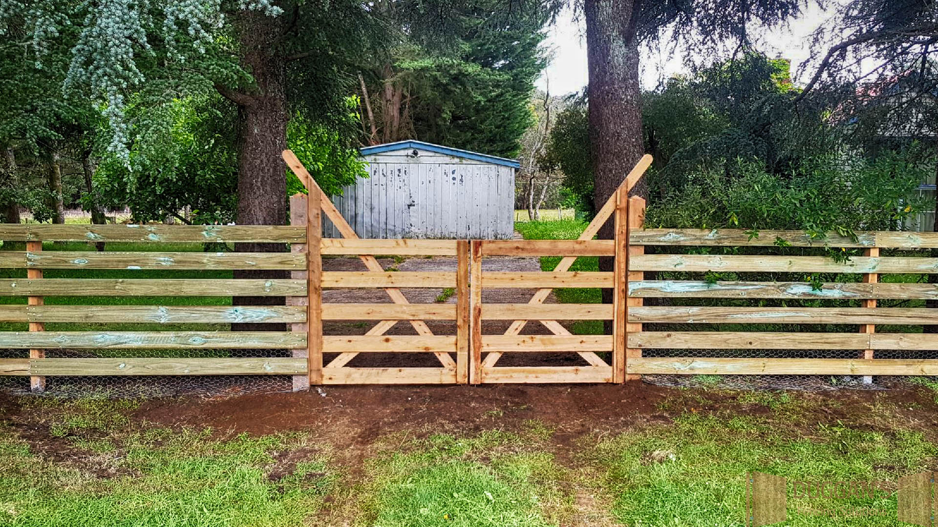 Timber Gate - Farm style