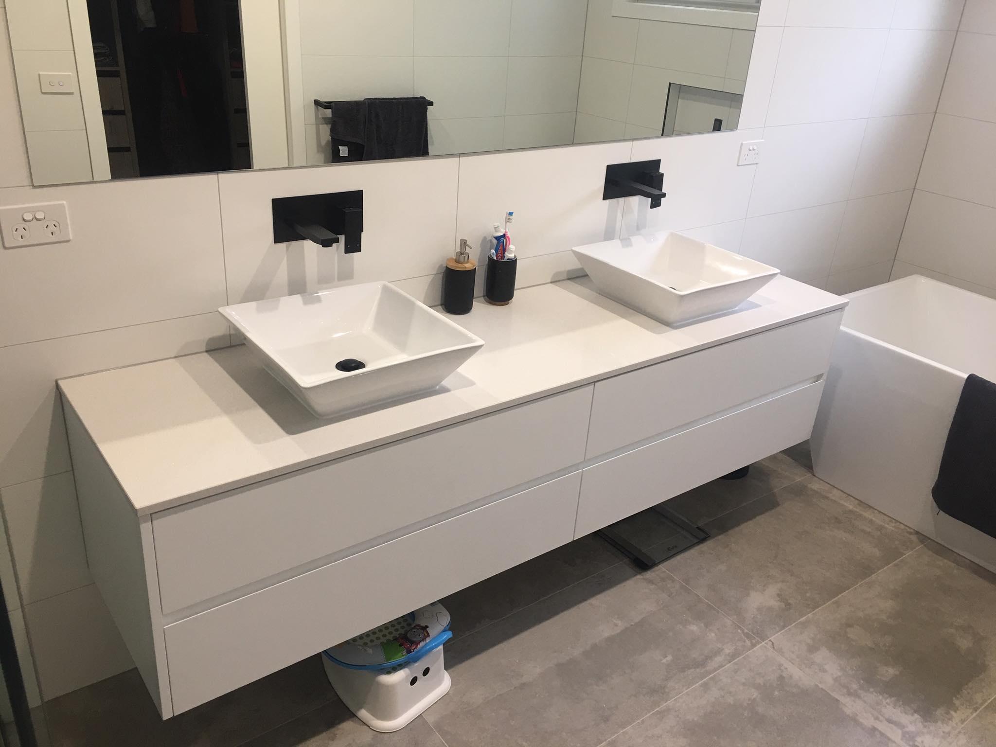 bathroom 16.jpg