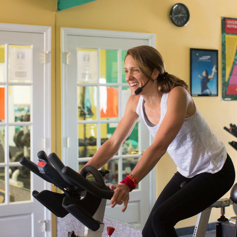 I am a holistic health and fitness coach.