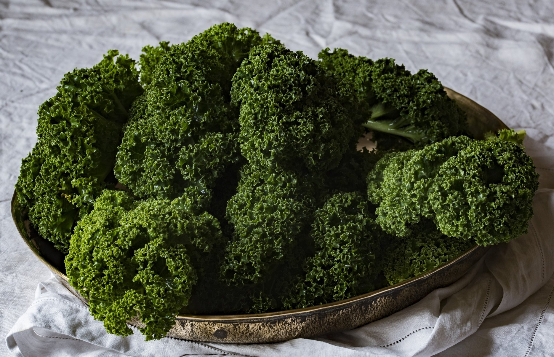 Add chopped kale to this quick and easy crockpot meal to amp up the nutritional profile and give this easy slow cooker meal a healthy boost!