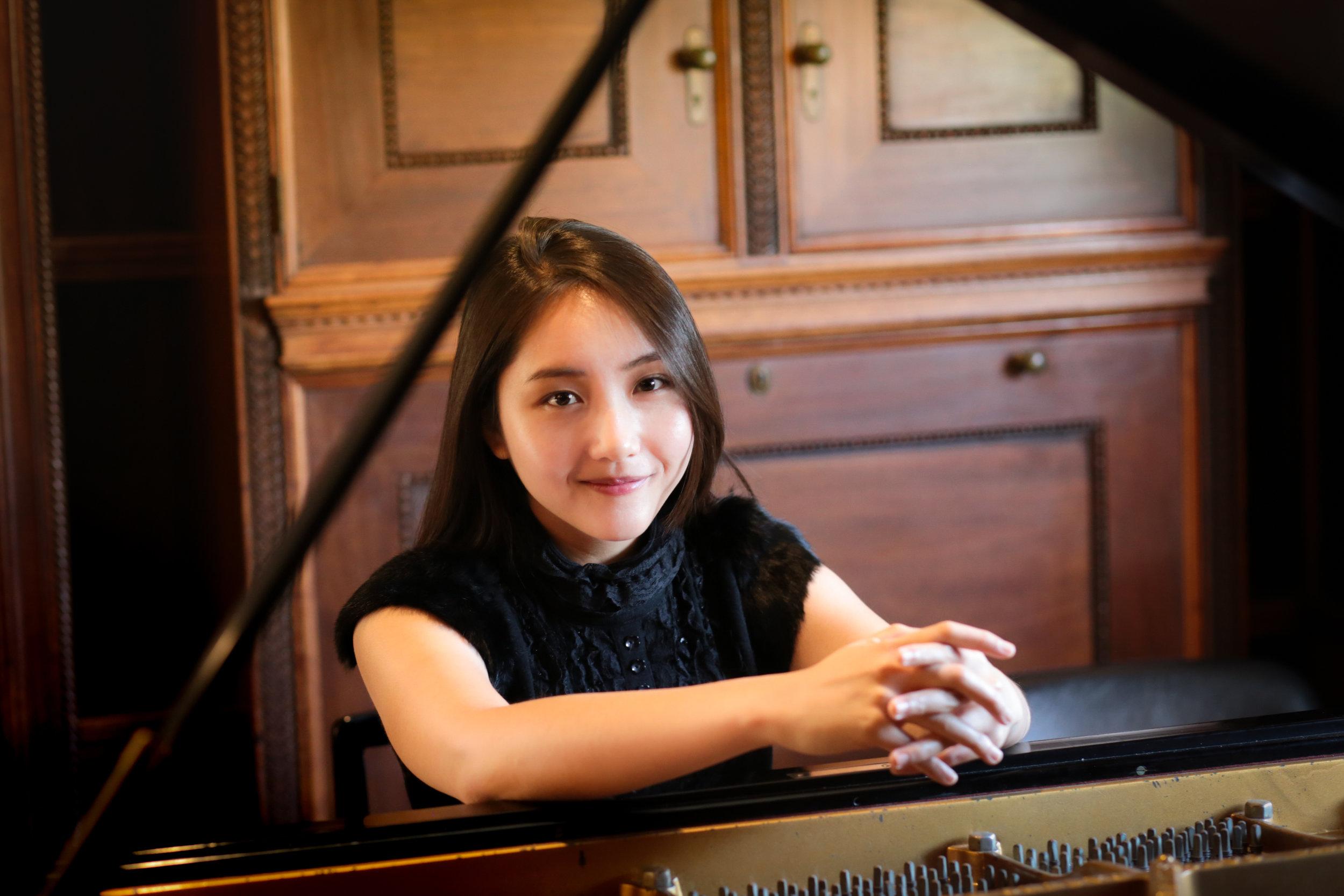 Sin-You Shia - Pianist