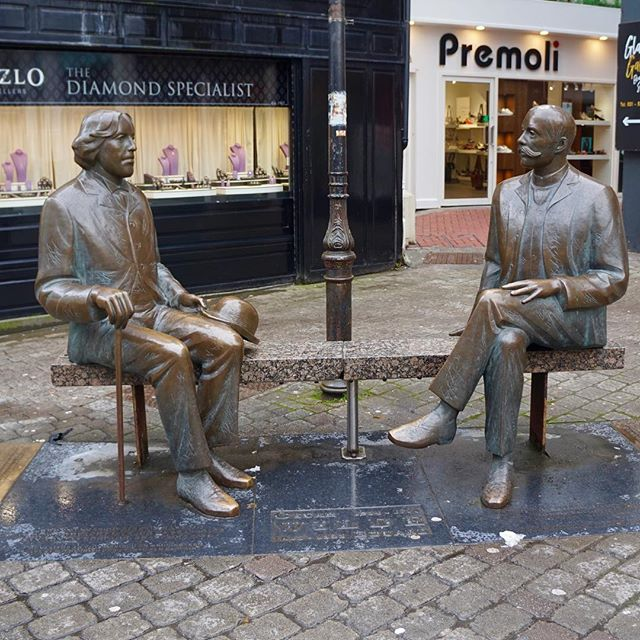 "Wondering around Galway; stopped for a chat with Oscar Wilde 📖 ""To live is the rarest thing in the world. Most people exist, that is all."""