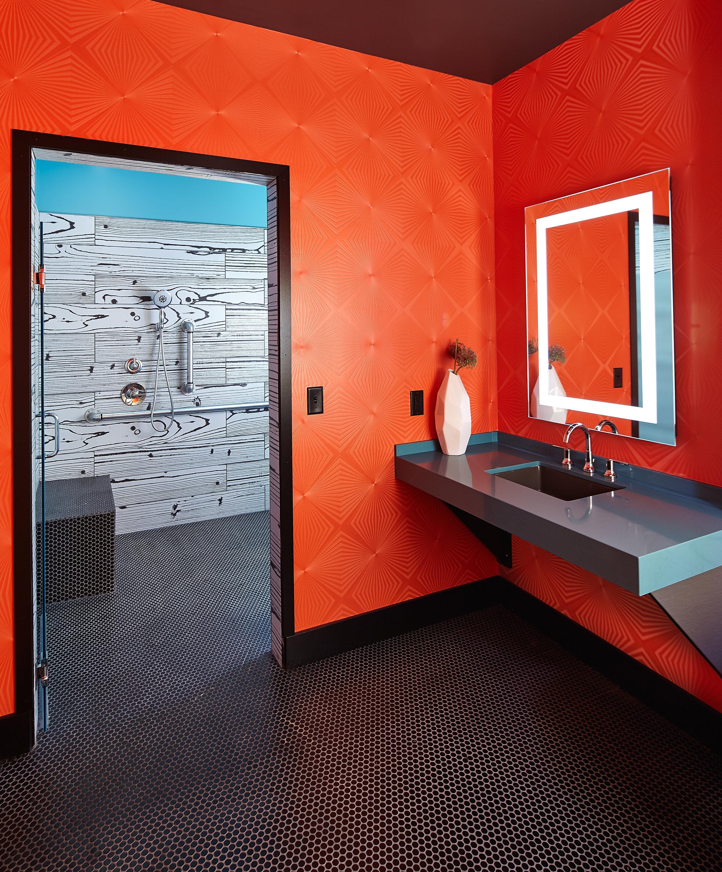 studio_615_059_ bathroom_v1.jpg
