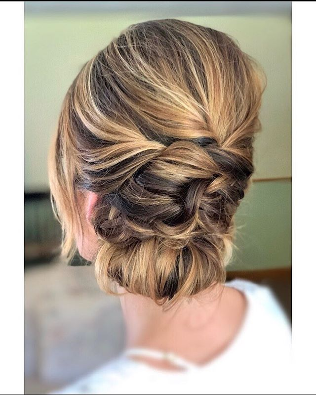 Throwback Thursday to this beauty on her big wedding day! Color by @jenntracey_hair
