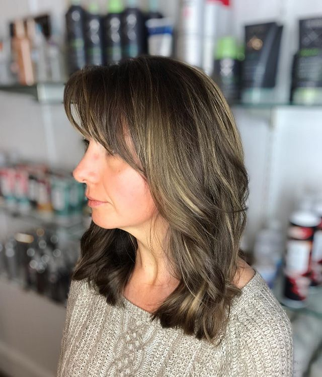 @jenntracey_hair clients first time with any type of color/highlight, and she left almost in tears of joy with how this came out! She's absolutely loving her new look ✨