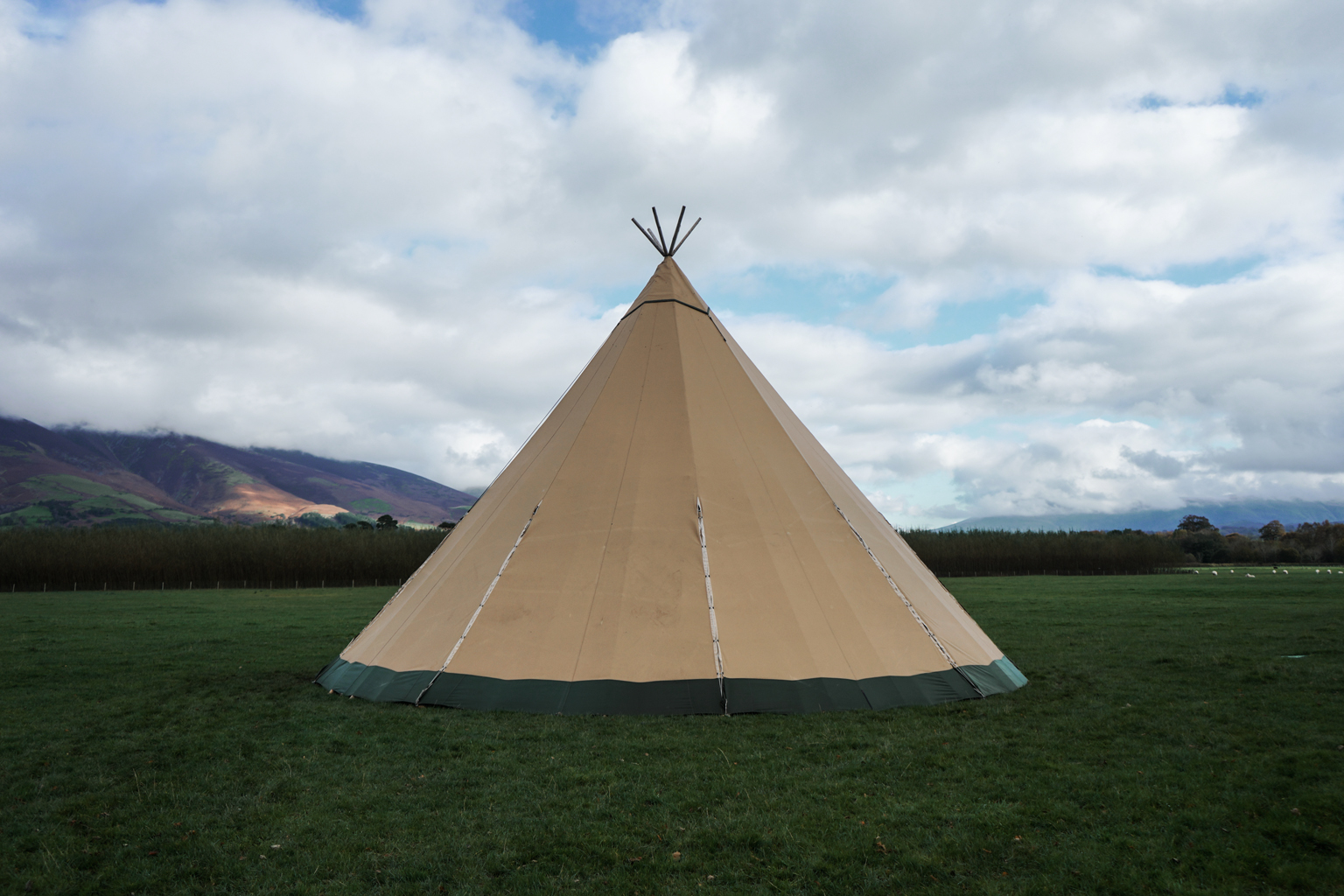 Millican Travellers Collective - In October 2017 our workshops travelled to The Lake District as part of a two day event hosted by Millican. Over a the course of wet and windy weekend, we taught woodcarving as an outdoor skill, gave a talk on how travel has influenced our lives and led a guided nature and tree ID walk around the Whinlatter Forest. Read more about our weekend with Millican on our recent blog post here.