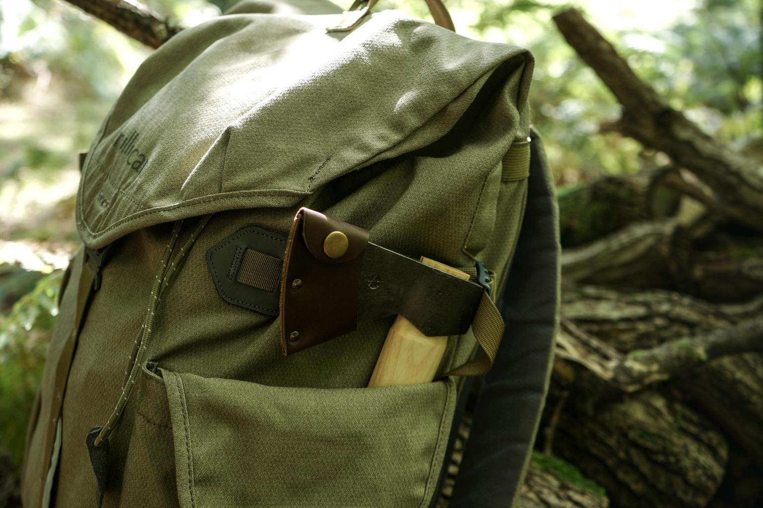 hikers_hatchet_1.jpg