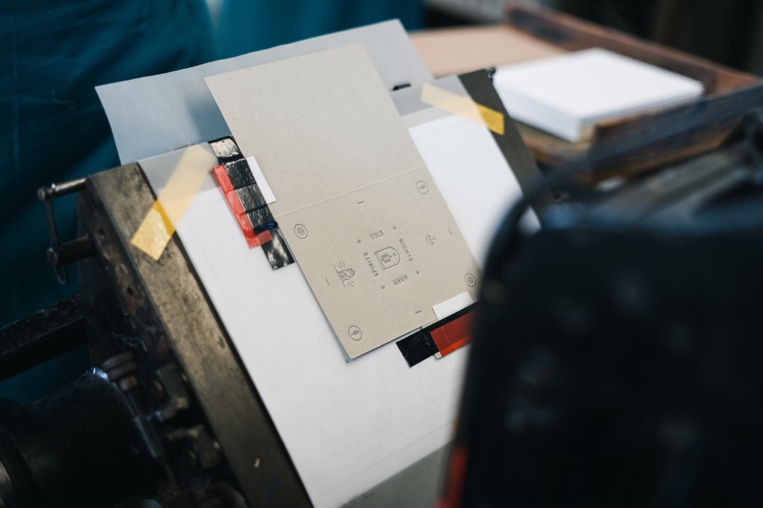 Positioning the card on the press