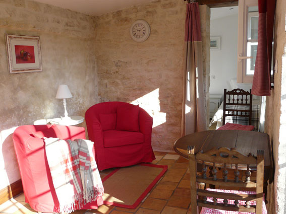 equestrian stays for adults in France