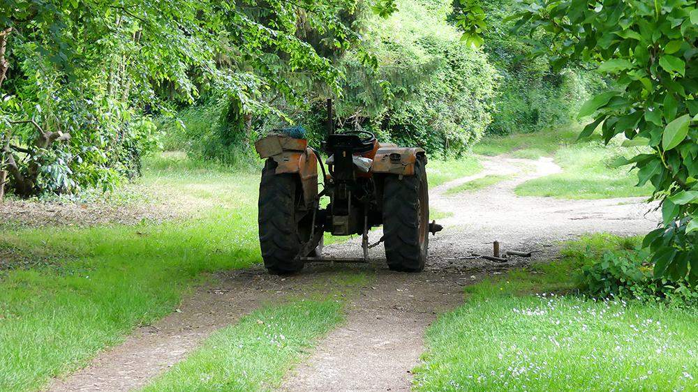 logis-du-breuil-tracteur.jpg