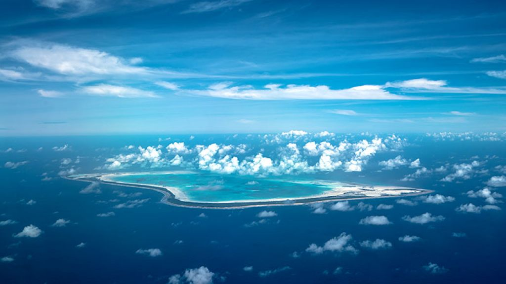 29306-tourism-pacific-kiribati.jpg
