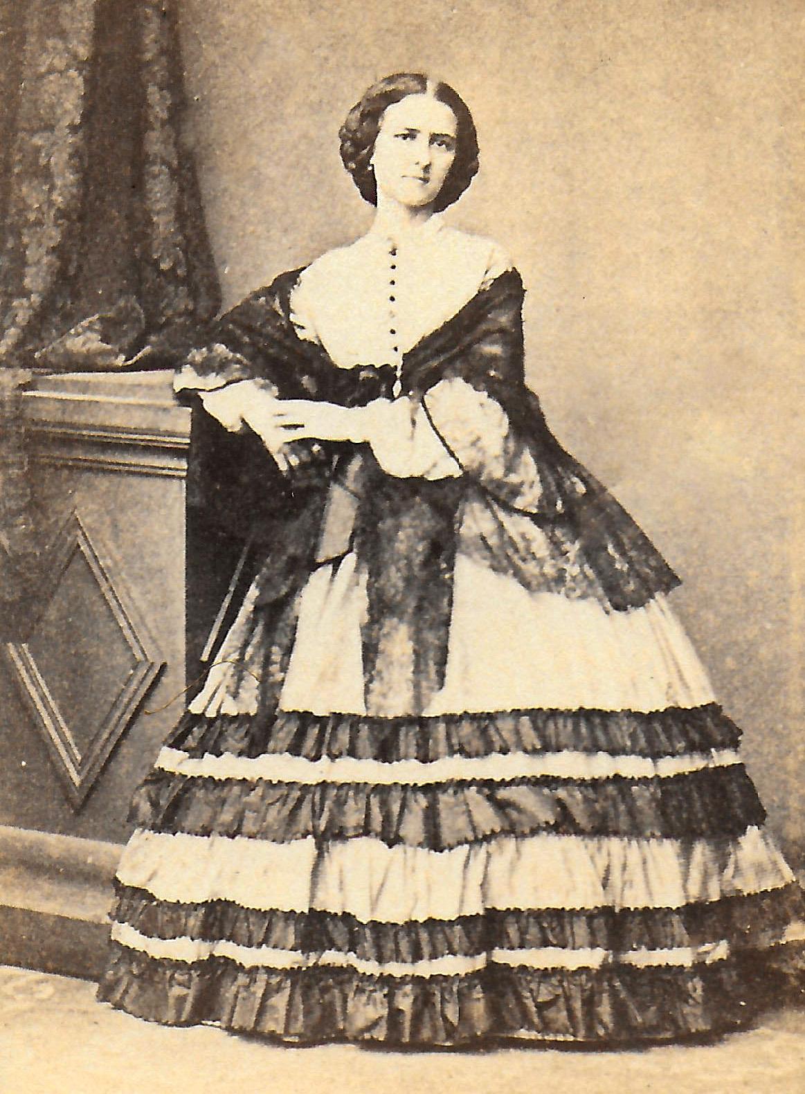 Unidentified woman, NAHS archives.