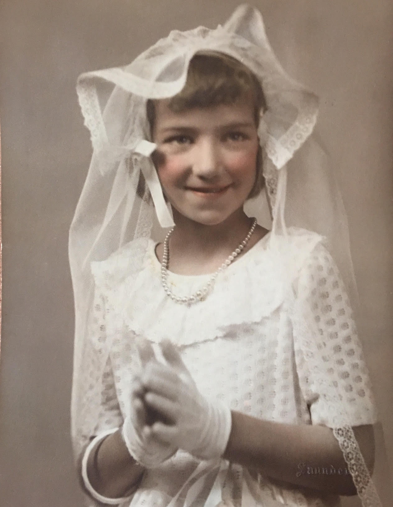 Holy Communion May 1946 Color.jpg