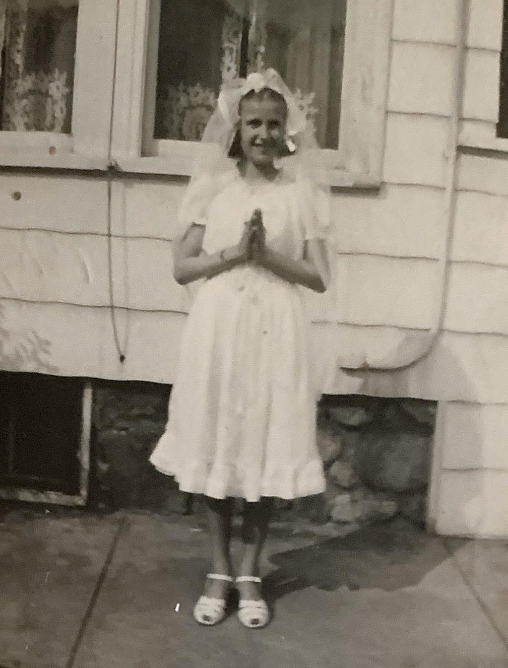 April 1949 FHC Barbara Albers.jpg