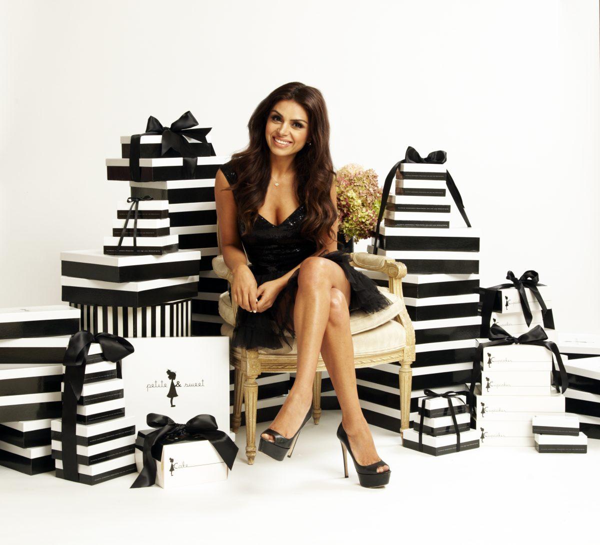 Elle-gift-boxes-brand-book-1200x1091.jpg