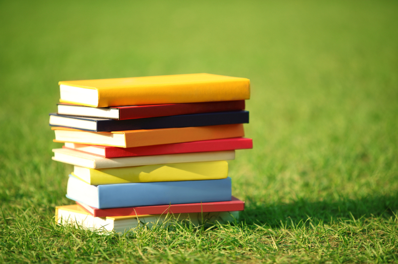 summer-reading-tips-for-high-school-students.jpg