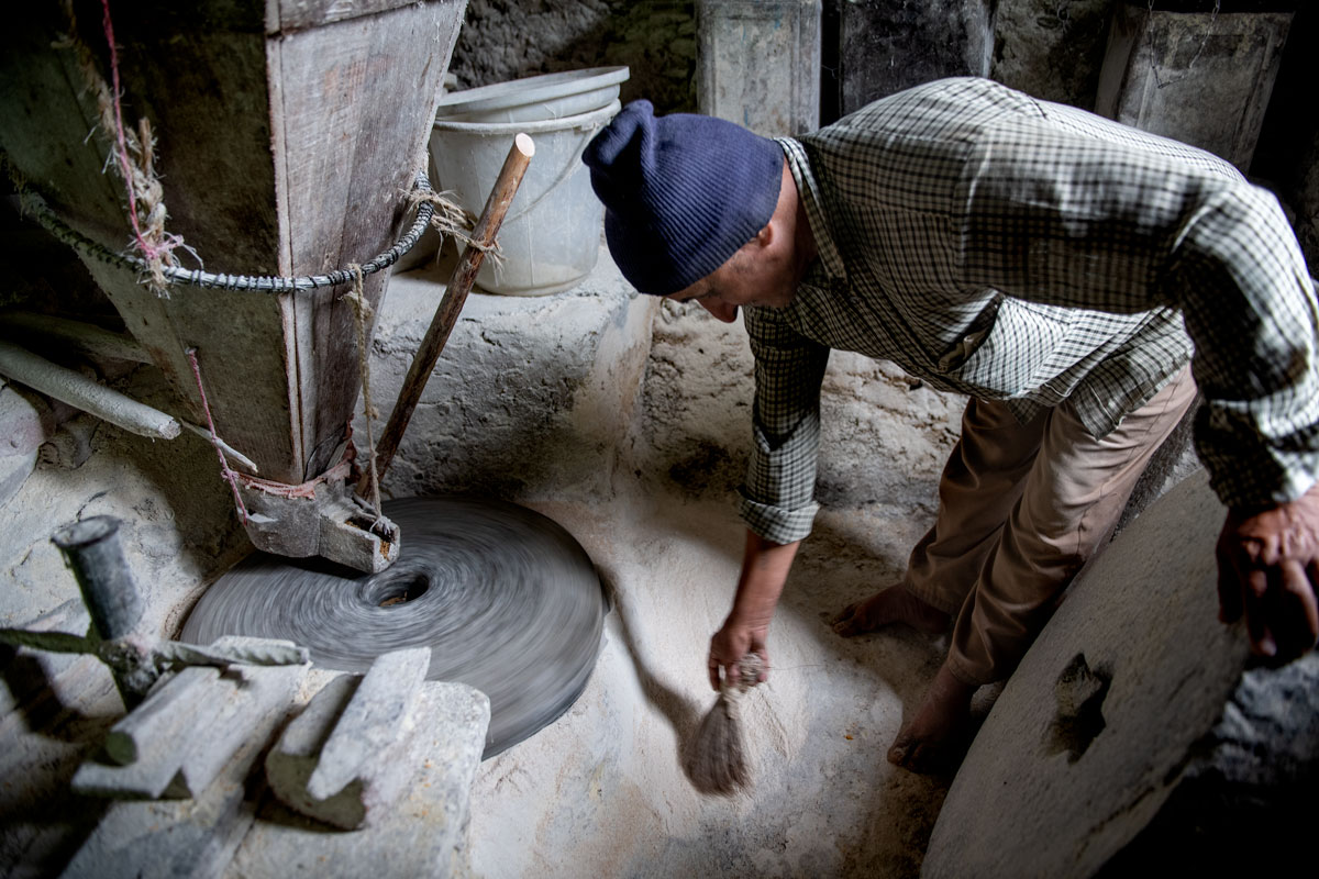 Tour 2 Himachal pradesh in Arbeit -
