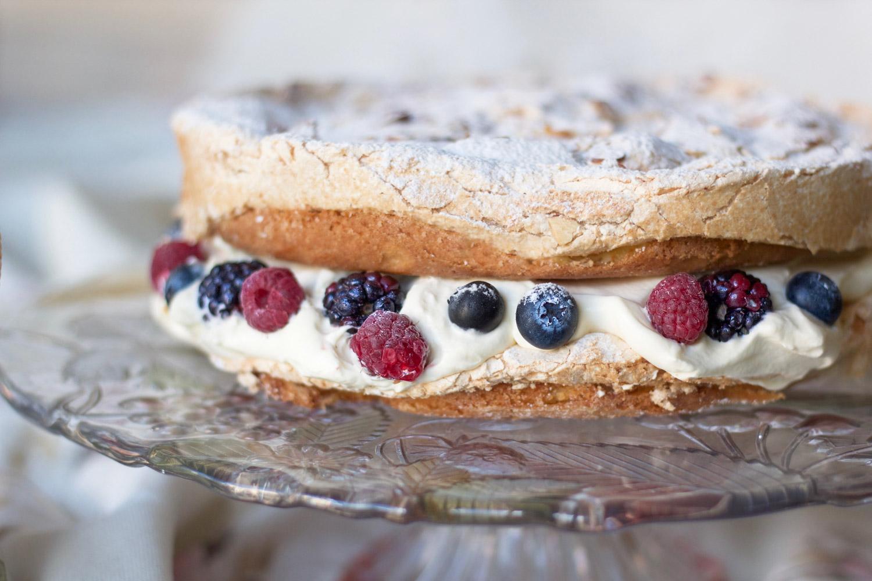 hazelnut-berry-meringue-cake1.jpg