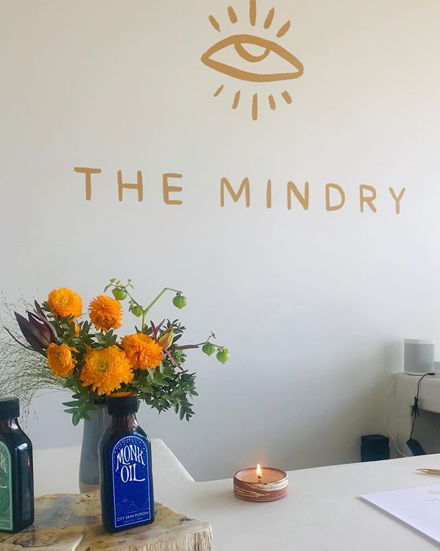 We would like to welcome and thank The Mindry for burning our signature baby HOK candle in their new Malibu home! Everyone - go check them out such a sosososo cool place!!!
