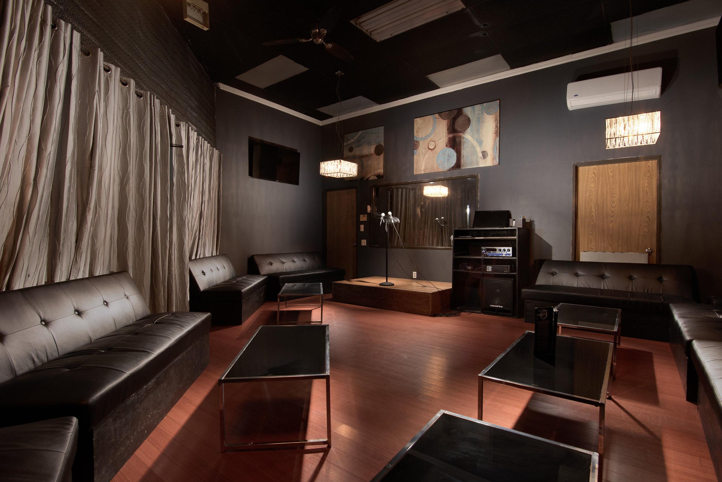 Galleria Room 7
