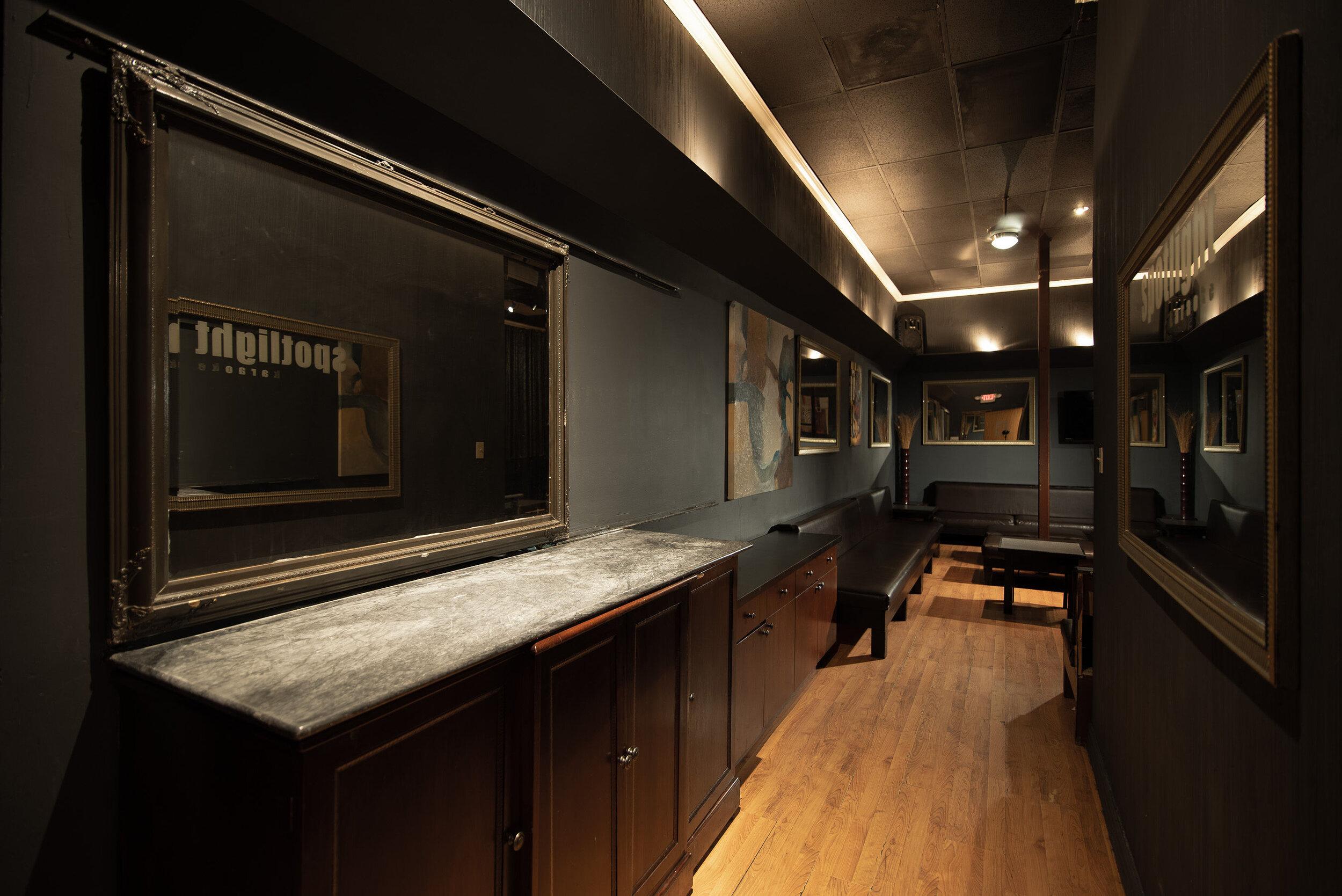 Galleria Room 6