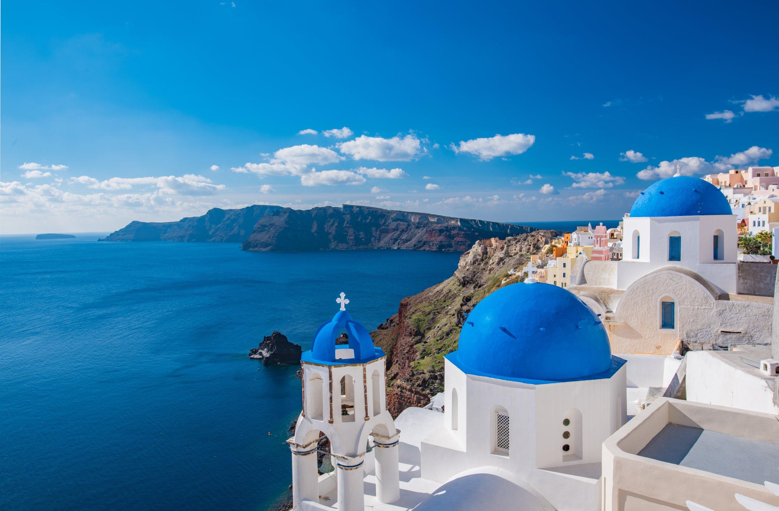 The vibrant colors of Santorini