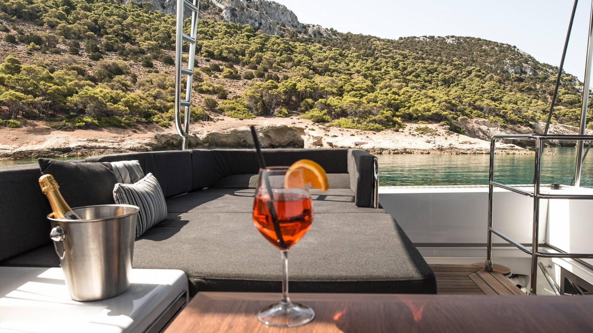 boat-rent-greeece-l.jpg