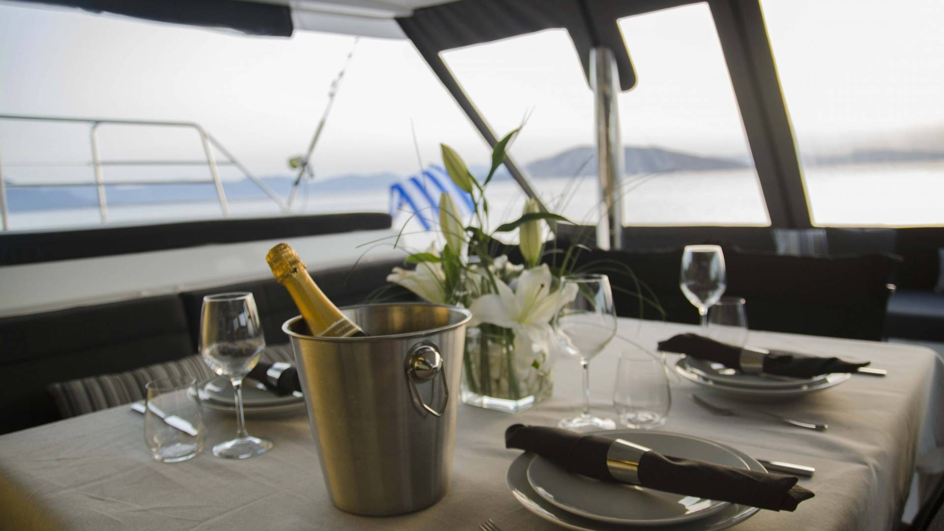 sailing-greek-islands-yacht-l.jpg