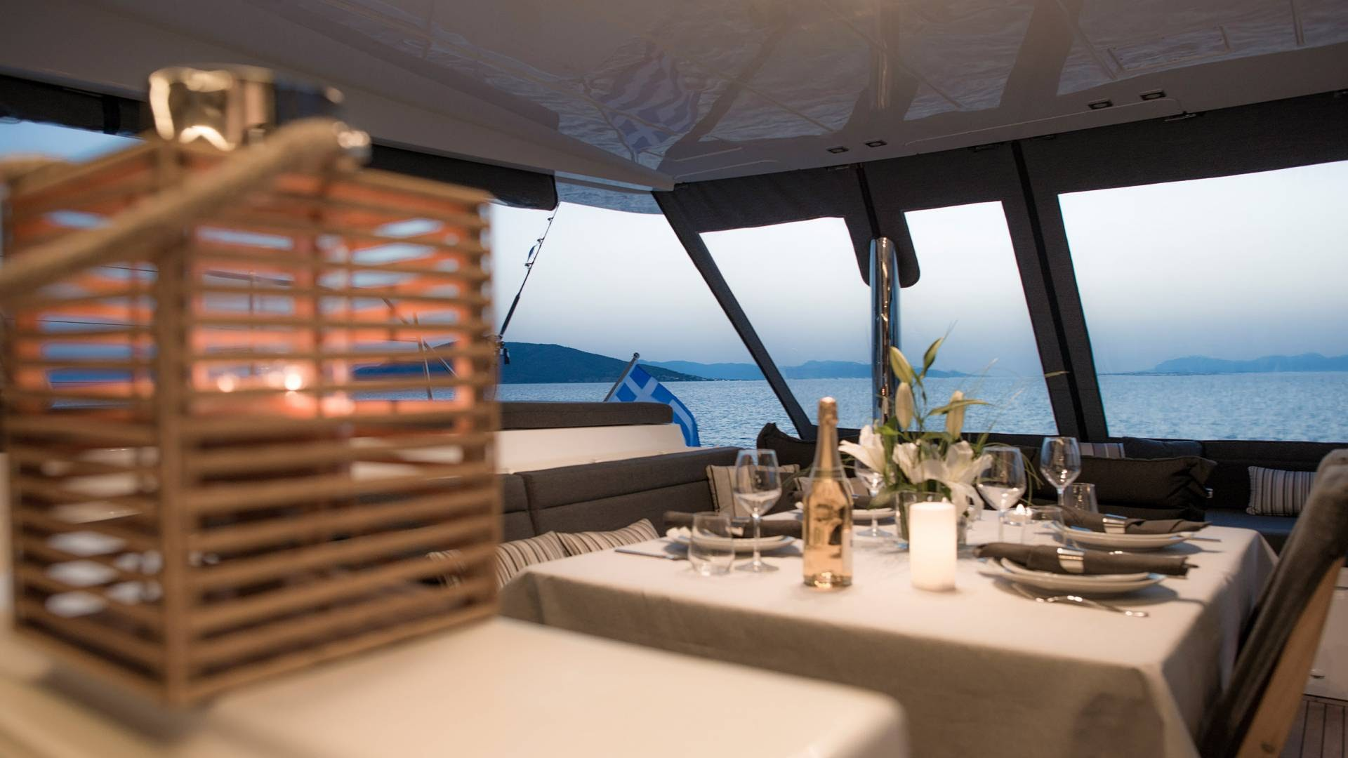 summer-sailing-holiday-greece-l.jpg