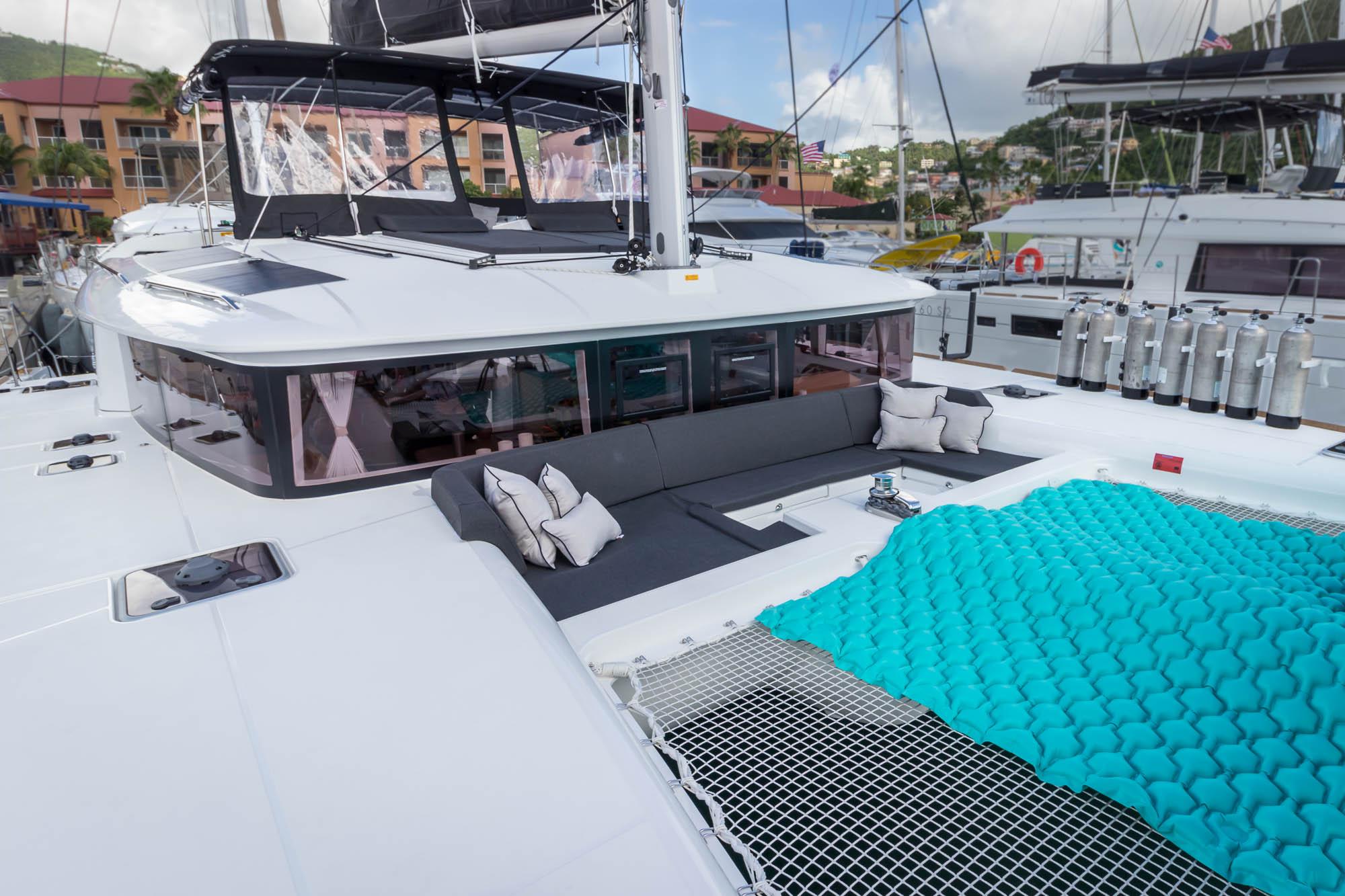 2018 Lagoon 450 charter catamaran-Flotation Therapy