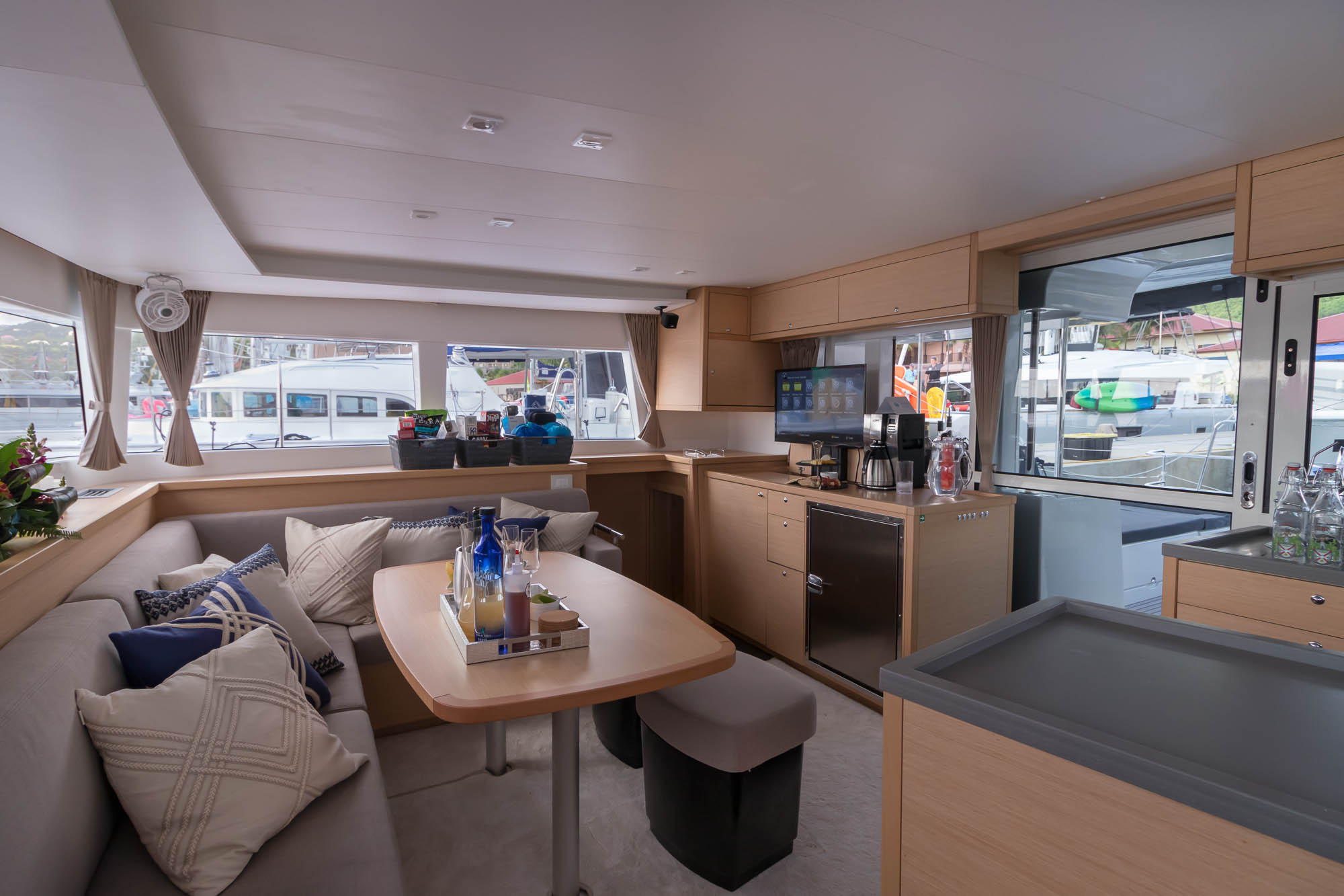 Flotation Therapy-Lagoon 450 charter catamaran