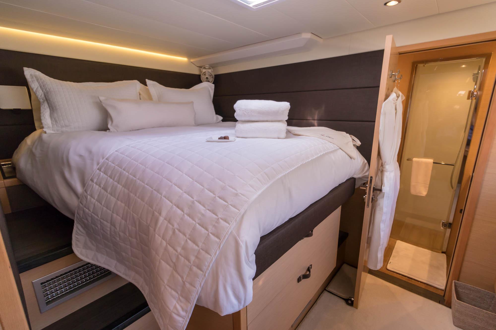 Le Reve 2018 Lagoon 620-VIP Stateroom