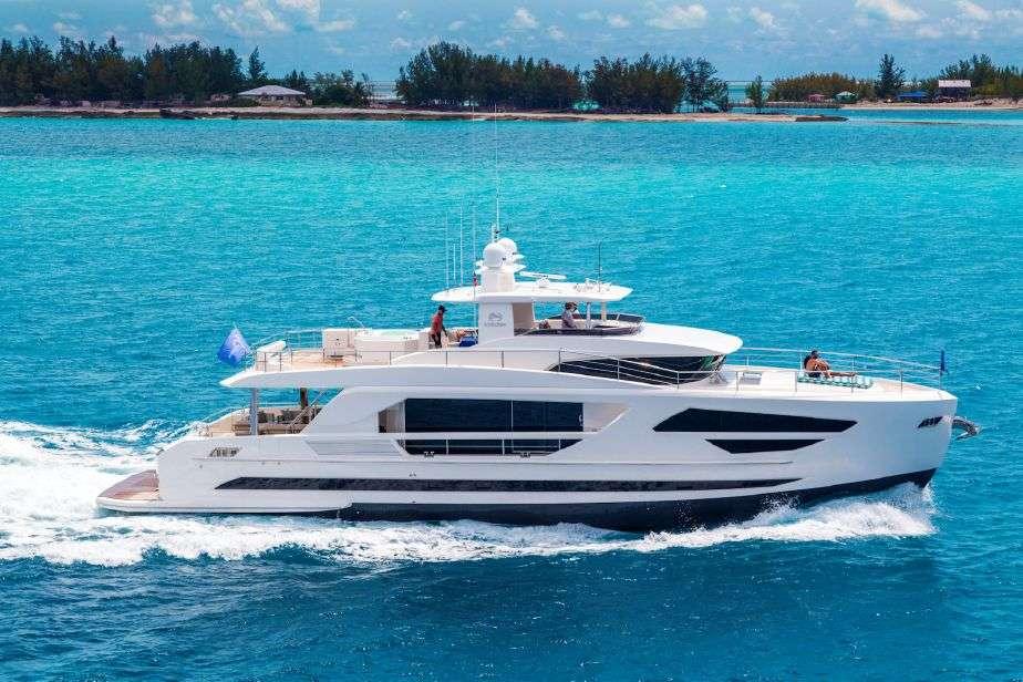 2017 Horizon 86' Charter Yacht