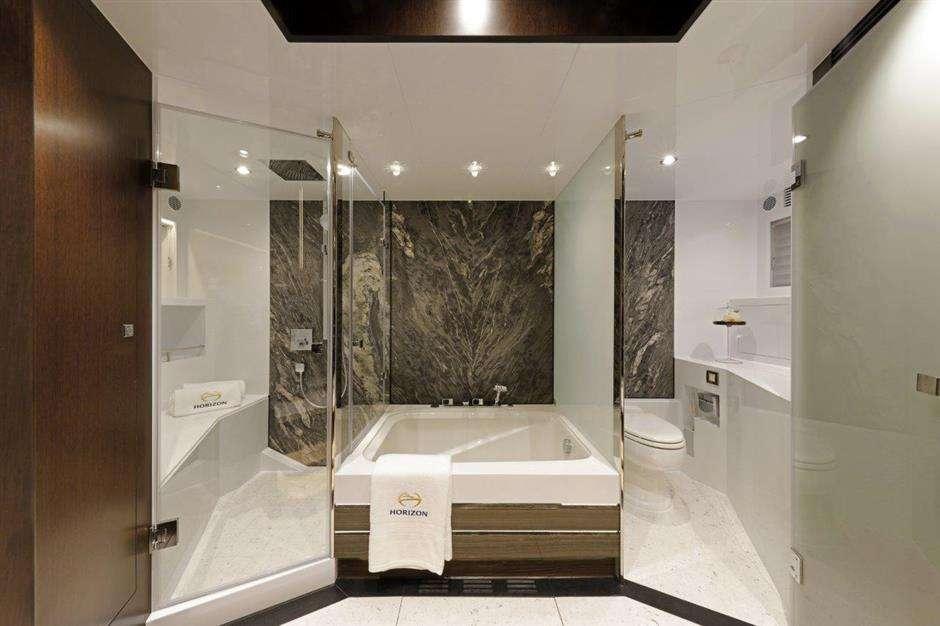 Soaker Tub in Master Suite-Angeleyes