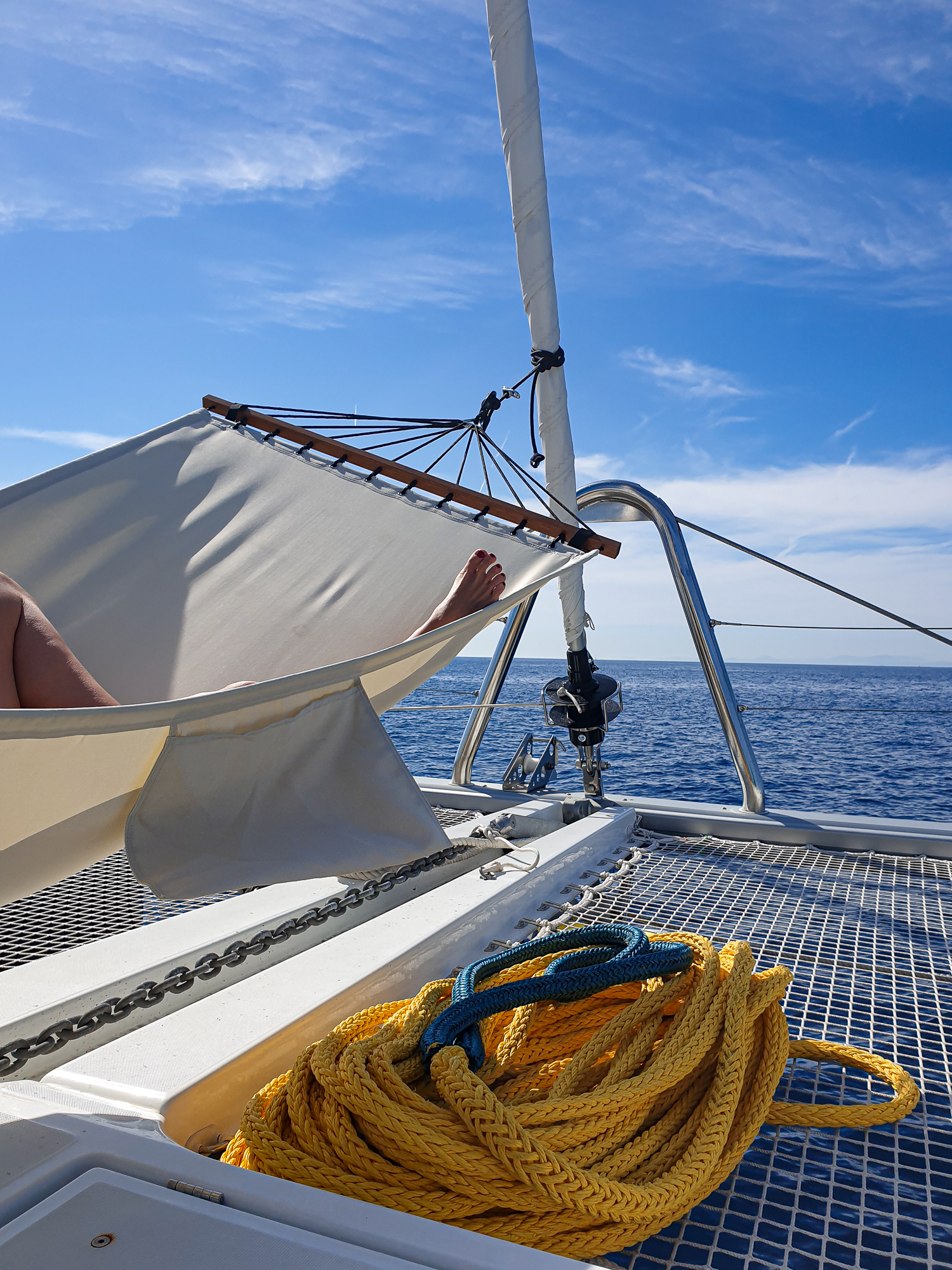 A light wind day on Nomad… relaxing while underway to the Island of Tzia.