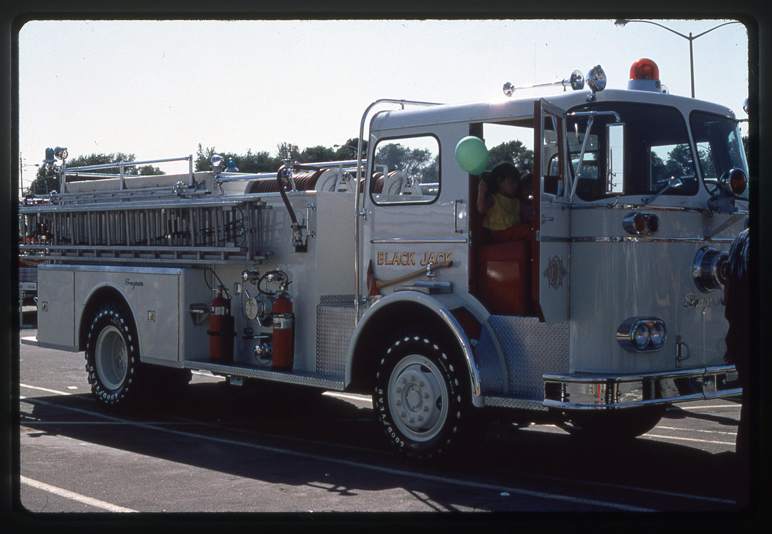 MO Black Jack 1967 Seagrave 800-KB-1250 #Q-4283 1250_500 #4225.jpg