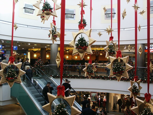 mall-in-budapest-2-1441993-640x480.jpg