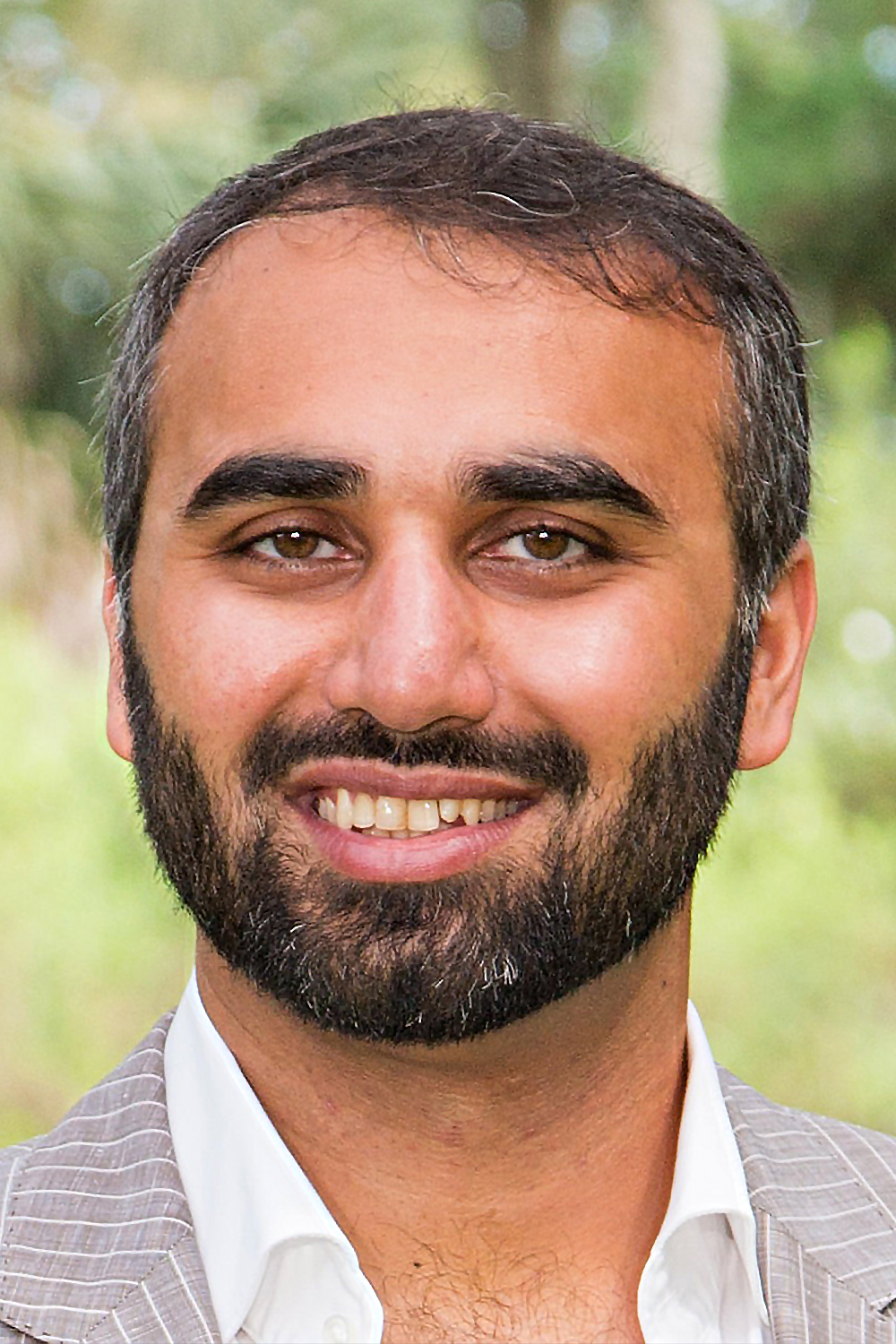 Hafeez Lakhani, Founder and President - Yale University, B.A. Mathematics and EconomicsPerfect score on SAT and ACTA former non-profit field worker in India and a commodities trader on Wall Street, Hafeez has a natural ability to see potential and opportunity. For him, reaching that potential is simply a matter of structure, dedication and character.Now a nineteen year veteran in test prep, Hafeez has mastered an approach to teaching where he infuses instruction with powerful elements of motivation. His passion for coaching manifests in its mastery—having honed the Lakhani Coaching method to serve a growing population of high achievers.