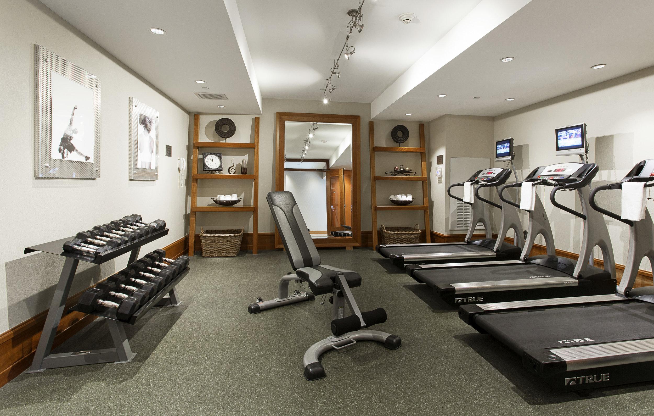BC_FitnessRoom_010.jpg