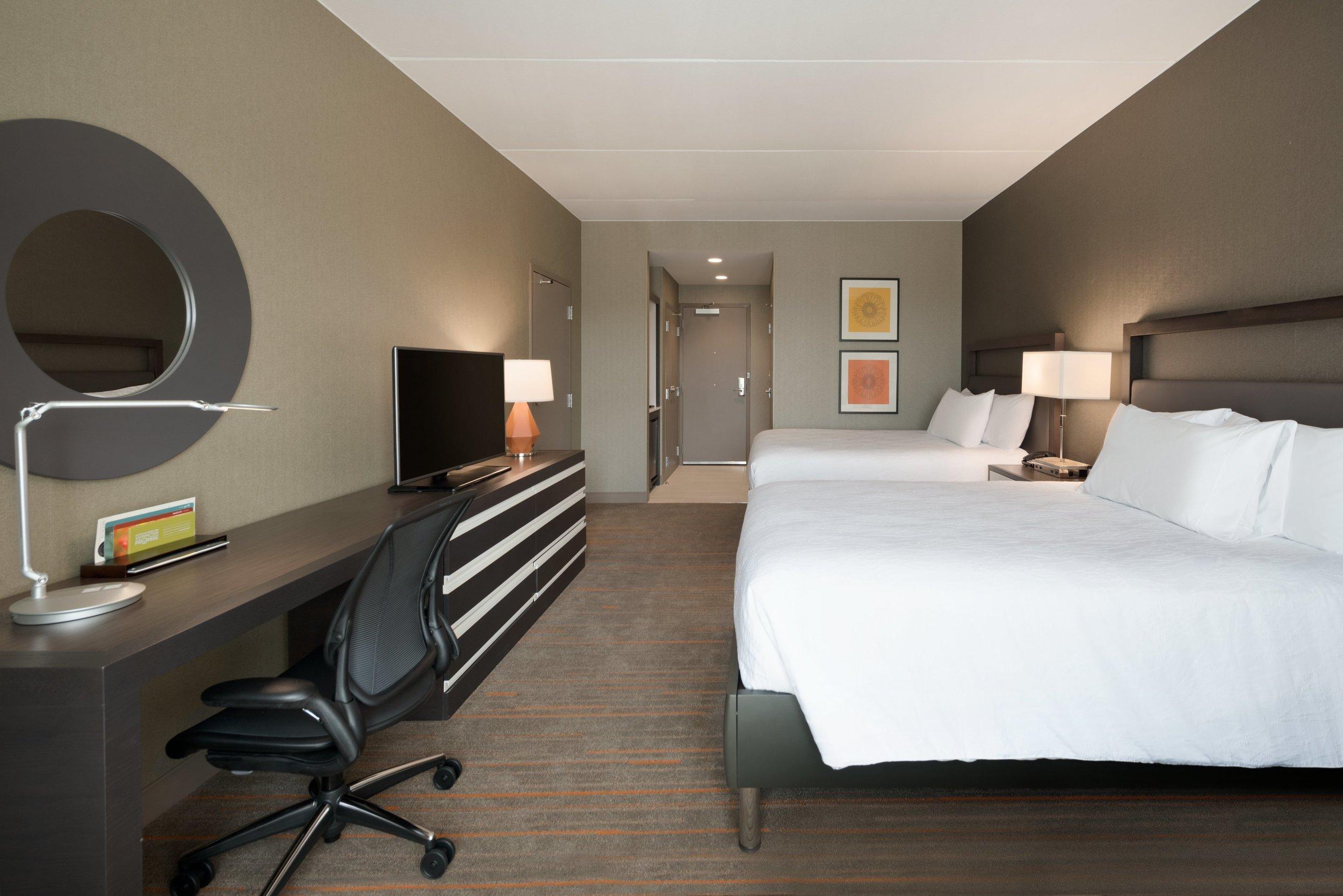 Hilton Garden Inn Rochester University & Medical Center - 2 Queen Guestroom - 1049775.jpg