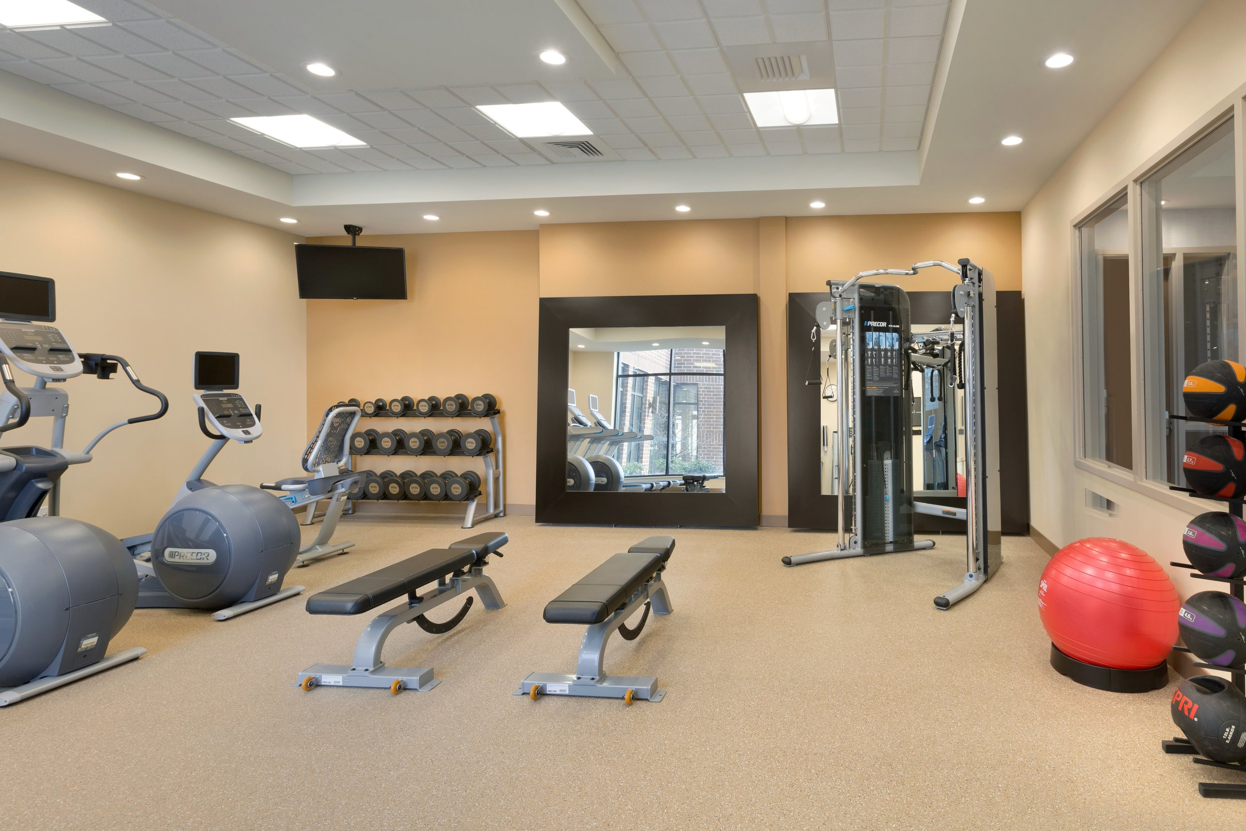 Hilton Garden Inn Pittsburgh Airport South-Robinson Mall - Fitness Center - 1116451.jpg