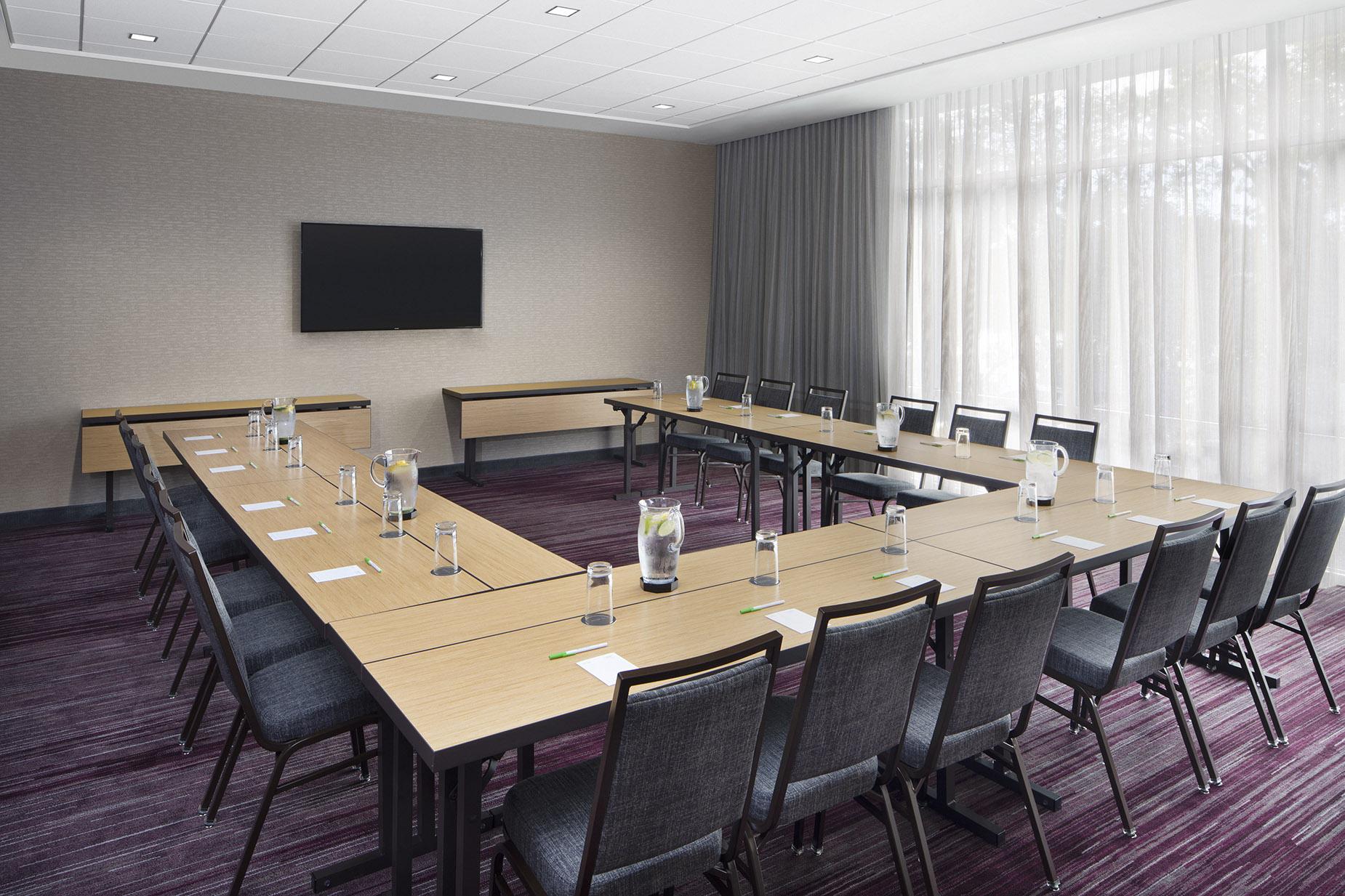 CY_ALBTY_Meeting_Room.jpg