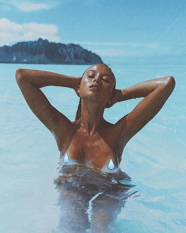 Film by the ocean💧✨| #preview Featuring: @cecetrautschold  Shot in #kaneohesandbar #oahu