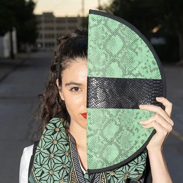 Keep your 👁 on the prize! Handbag Designer: @kisakisafashion 🔥 Handbag: The Jesse Bag 🔥 #sicklecell #sicklecellanemia #sicklecellawareness #fashion #clutch #houstonfashion #houstonboutique #handbag #handbagaddict #fashionblogger #fashionistas