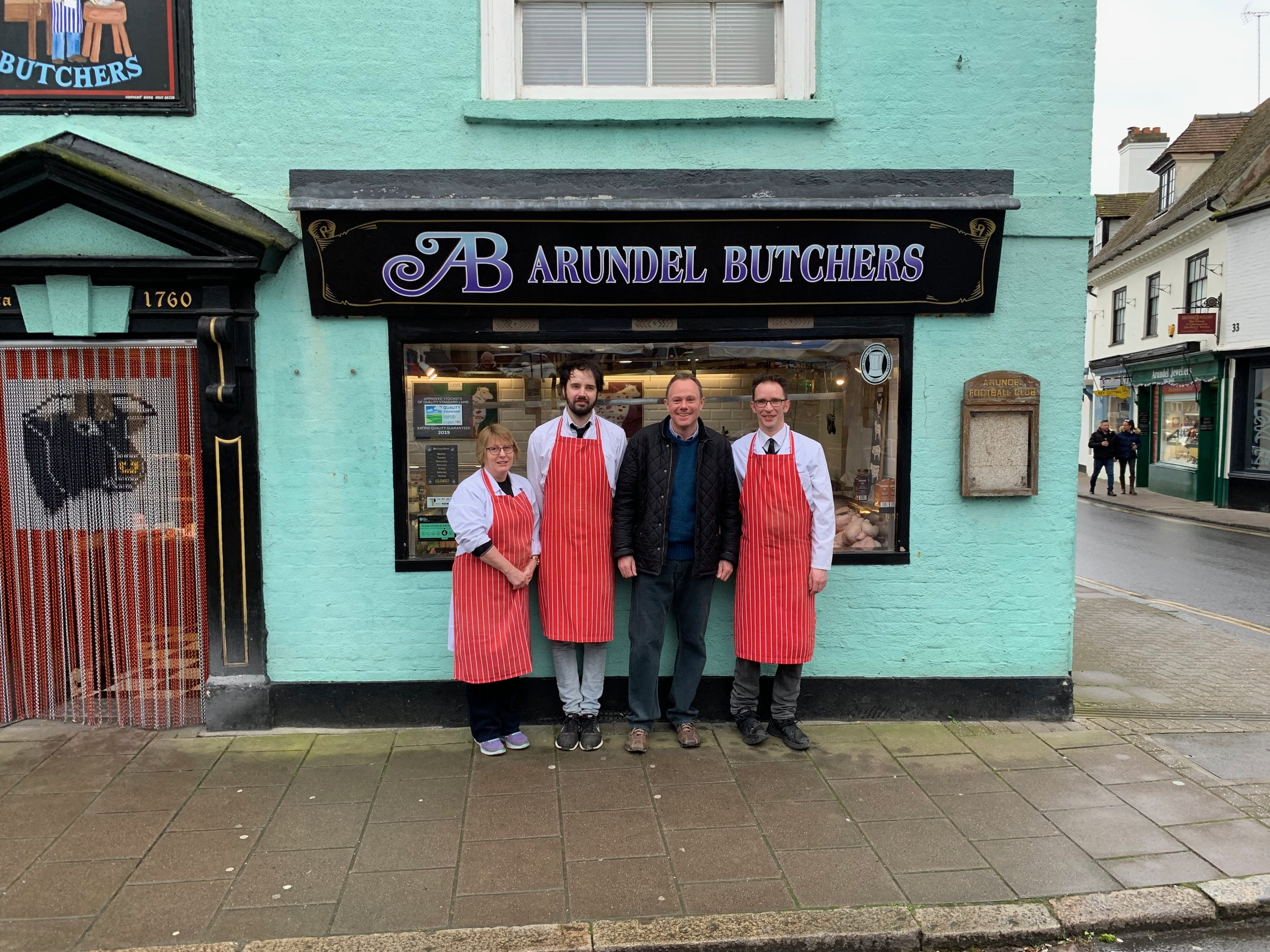 190316 NH with Arundel Butchers High Street Saturday.jpg