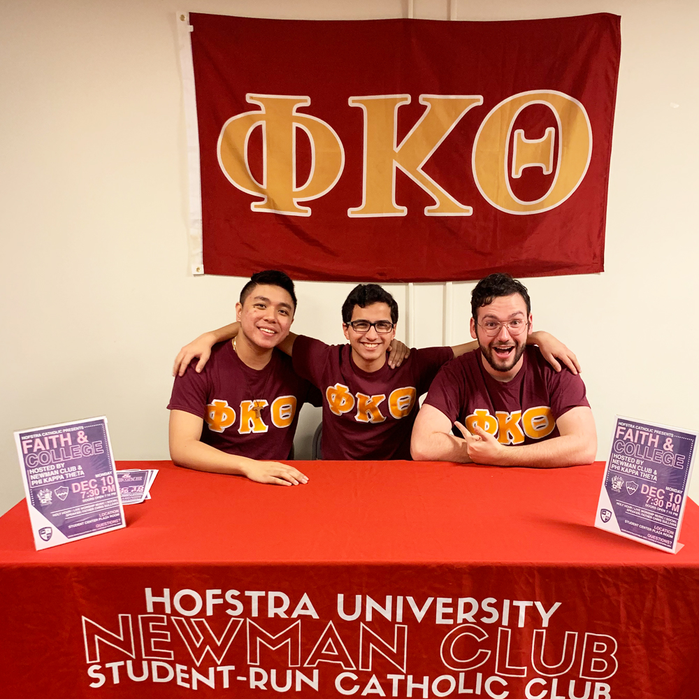 Nick Castelli (center) with Hofstra Brothers Justin Usis (left) and Thomas O'Connor (right).