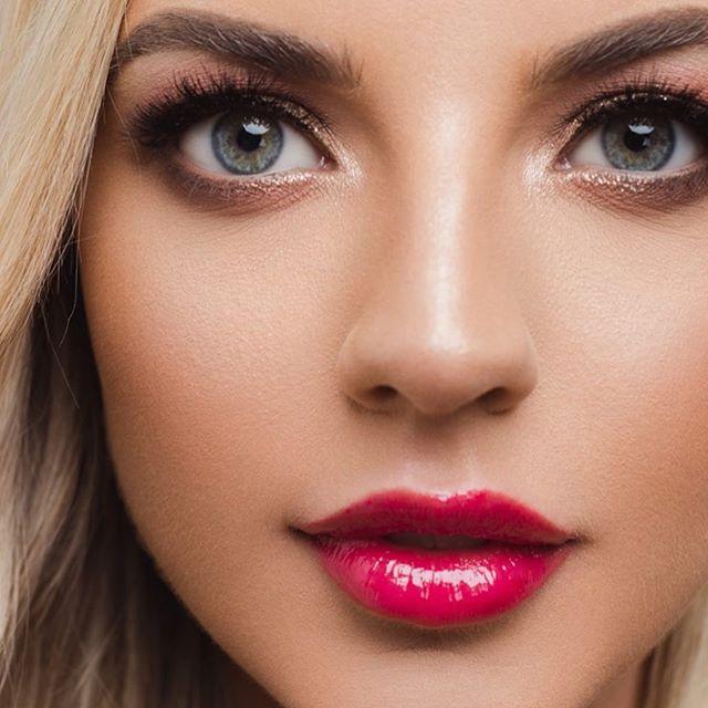 The stunning @britneynewman for @lovewyntercosmetics 💄💄 MUA @georginanevesmakeup . #cosmeticsaddict #beautycampaign #cosmeticsaddict #studiophotography #studio #thatface #cosmetics #makeupartist #adelaidephotographer #australianphotographer #beautyphotography #cosmeticsphotography #belairstudio #vanessaburtonphotography #beauty #beautyeditorial