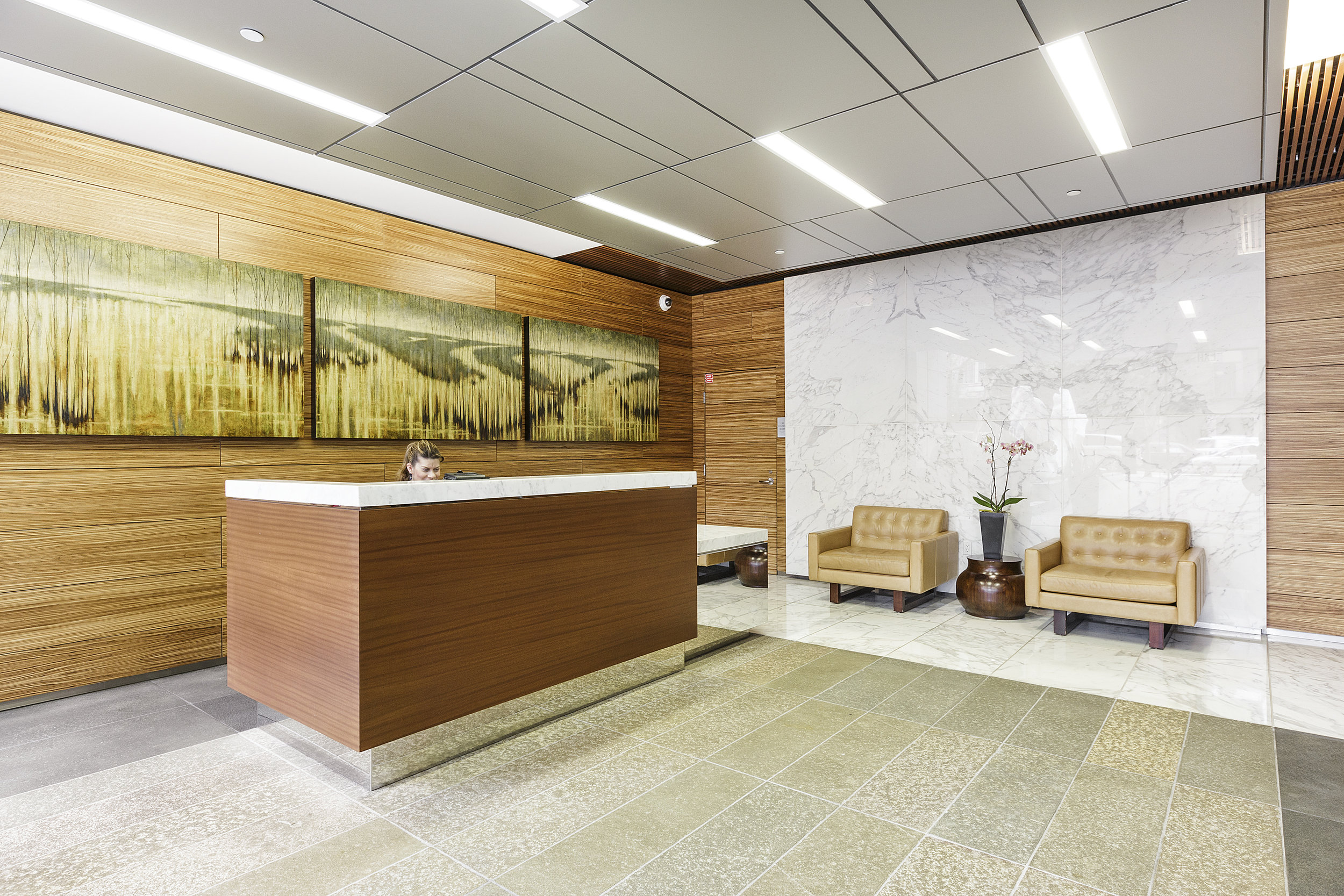 19-631Folsom5C-lobby-high-res.jpg