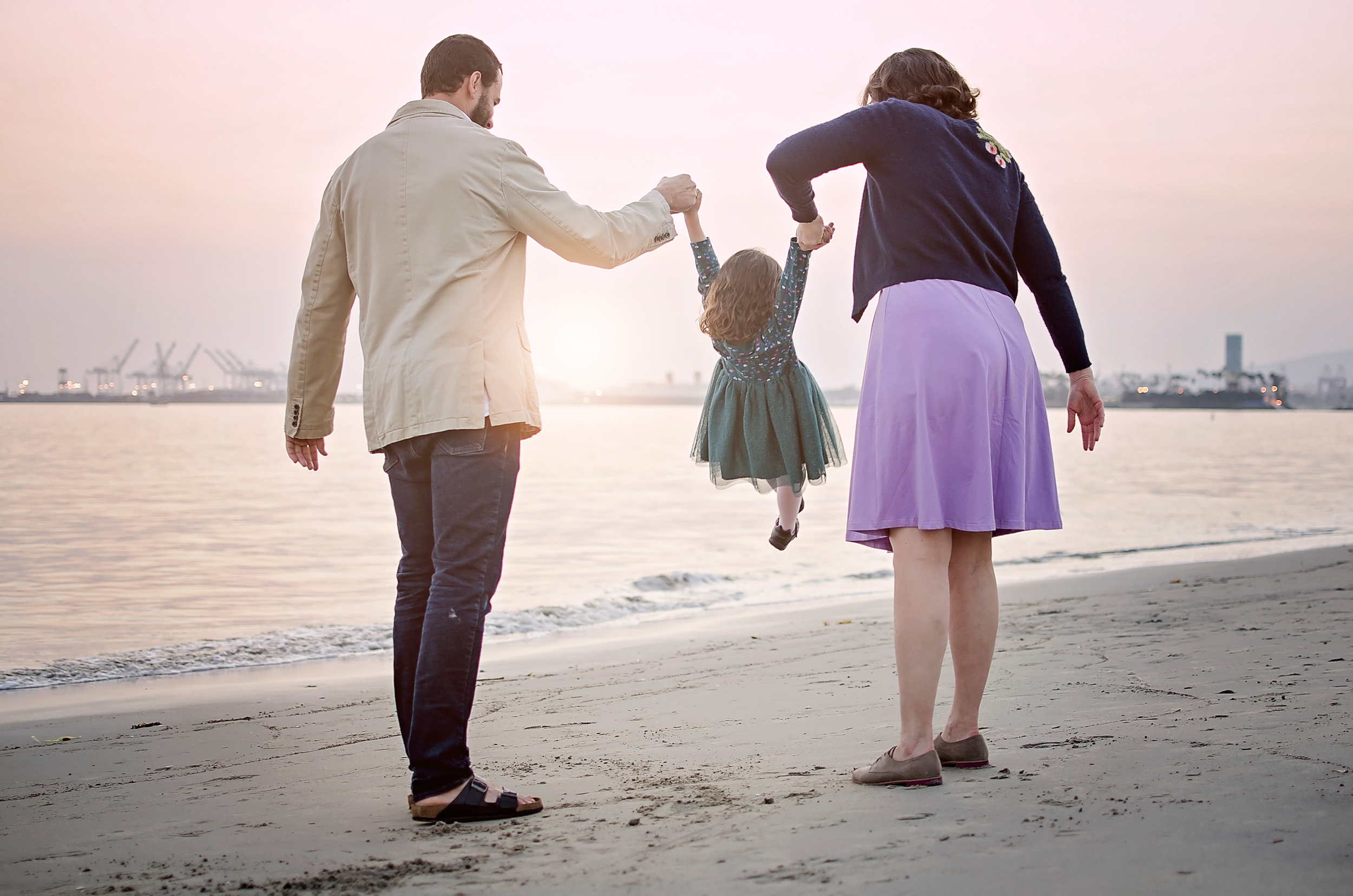 southern-cali-beach-family-fun-swinging-play-photography.png